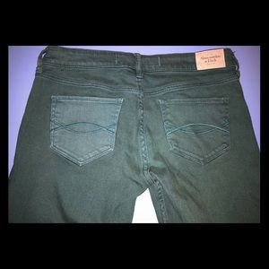 Abercrombie & Fitch green Skinny Jeans size: 4